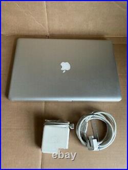17 Apple MacBook Pro Mid 2010 i7 2.66GHz 4GB RAM 500GB Anti Glare Screen