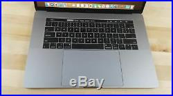 Apple MacBook Pro (15-inch Mid 2018) 2.6 GHz Intel i7 512GB SSD 16GB (Vega 20)
