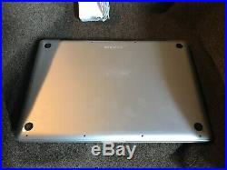 Apple MacBook Pro 17 2.53 GHz Intel i5, 8 GB RAM, 750 GB HDD MC024LL/A Mid 2010