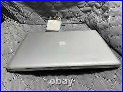 Apple MacBook Pro 17-Inch 3.06GHz Intel Core 2 Duo 4GB RAM 128GB SSD (Mid-2009)
