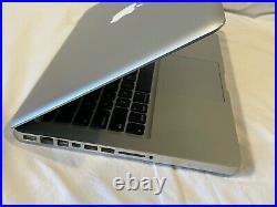 Apple MacBook Pro Laptop 13 2.26GHZ Mid-2009 8GB M 500GB SSD plus 1 TB HDD T-40