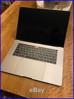 MINT Mid-2019 15 Apple MacBook Pro 2.6GHz 6C i7 32GB, 2TB, VEGA 20, Space Gray