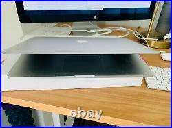 MacBook Pro 15-inch Mid 2014 2.5 GHz Intel core i7 256GB 16GB RAM LOOK NICE